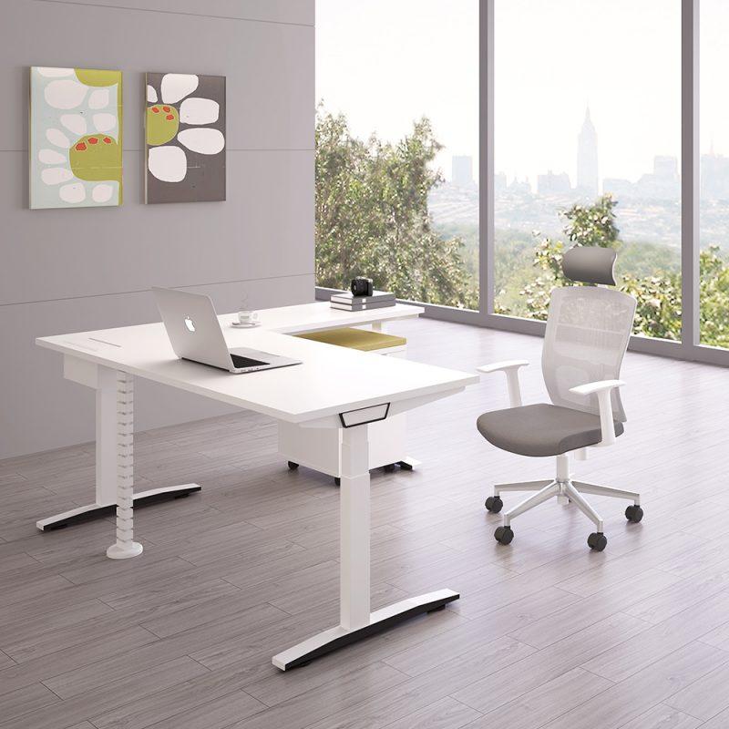 שולחן מתכוונן לגובה חשמלי
