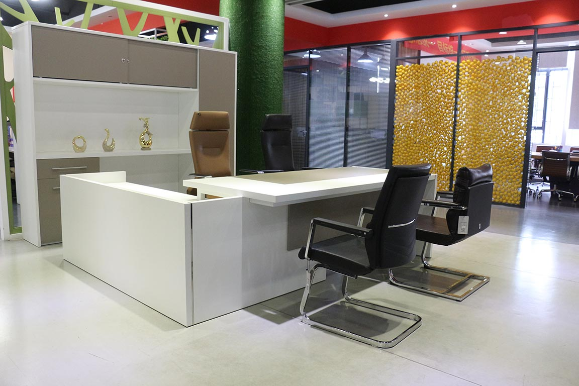 office furniture supplier