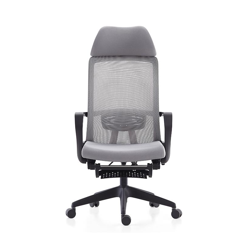 Поворотный офисный стул с высокой спинкой